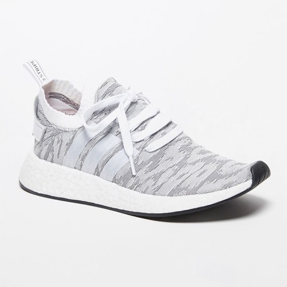 le adidas nmdr2 primeknit ombra bianca poshmark nero